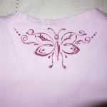 maglietta dipinta farfalla