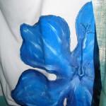 maglietta dipinta a fiore